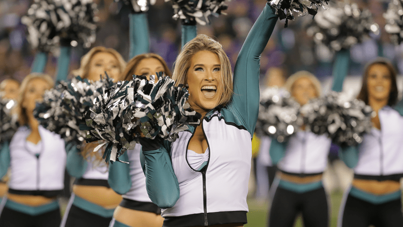 Meet The 2018 Philadelphia Eagles Cheerleaders d754bcde7