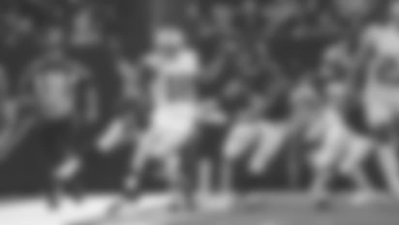 C.J. Beathard Finds Dante Pettis for a 20-yard Gain