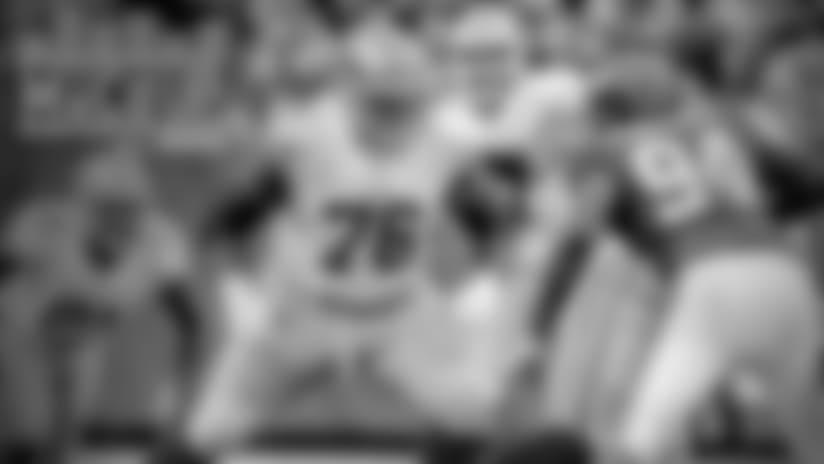 Mic'd Up: T Anthony Davis vs. Giants
