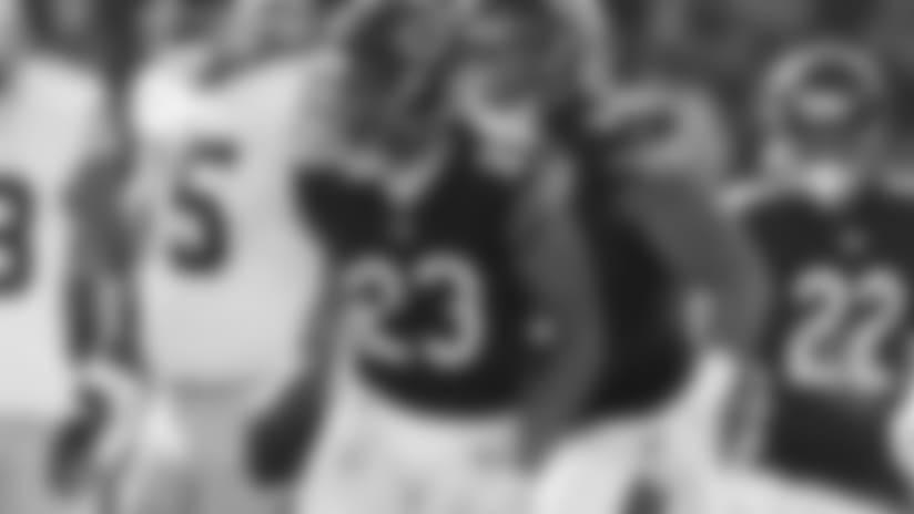 Kyle Fuller intercepts Garoppolo pass