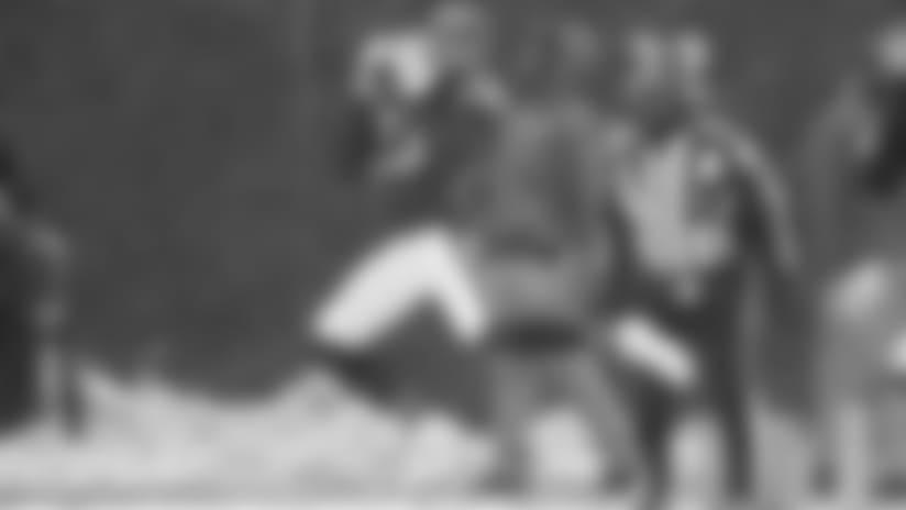 Kyle Fuller intercepts Browns QB DeShone Kizer