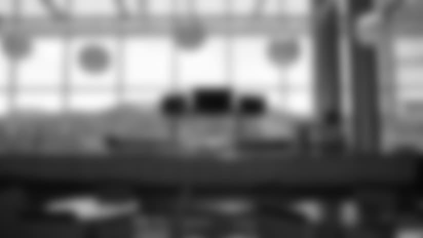 Club Seats Amenities - 2