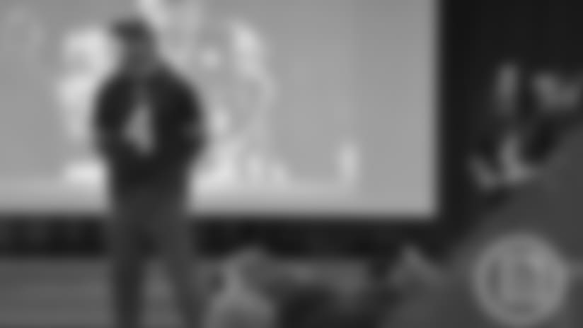 Jordan Gay spreads kindness at John A. Sciole Elementary