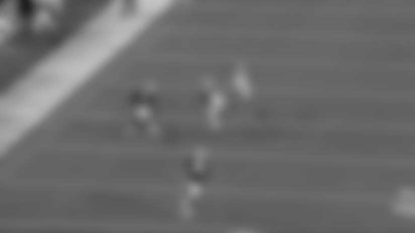 Allen connects with McCloud III for 25 yards