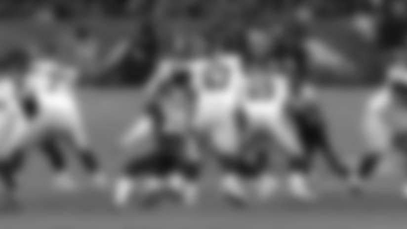 Von Miller sacks Eli Manning