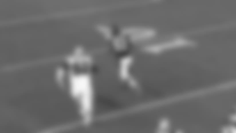 Andy Janovich runs for powerful 28-yard TD