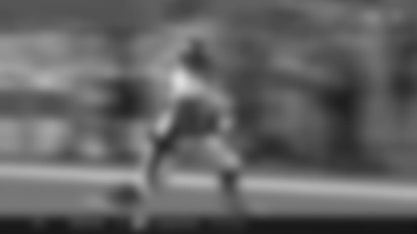 QB Trevor Siemian slings it to TE Virgil Green for 36 yards