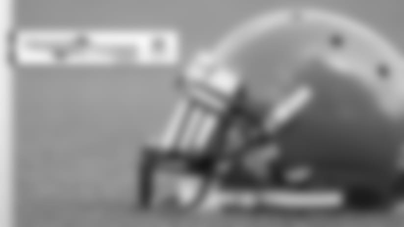 Browns release 2 players