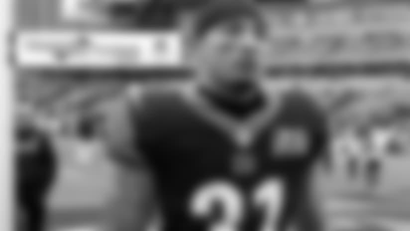 Browns sign DB Derron Smith