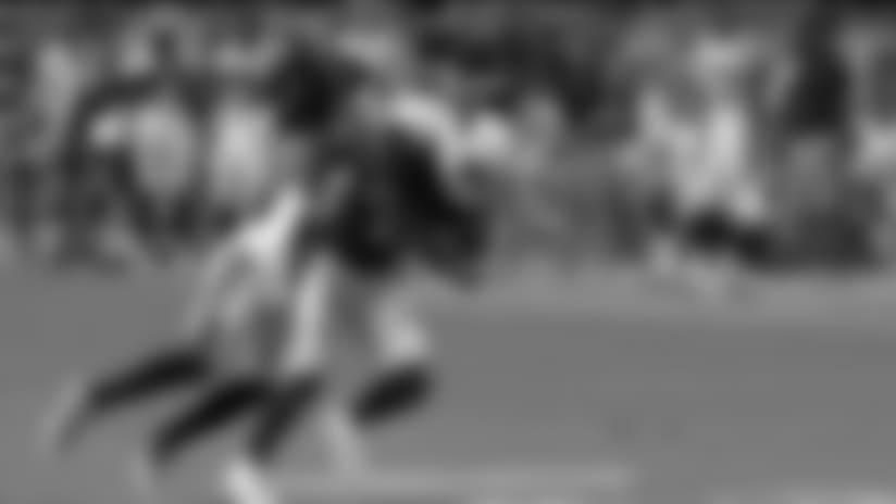 Tolliver Hauls In 48-Yard Pass