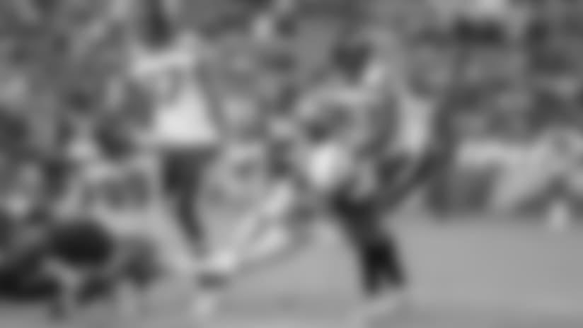 Gordon Punches in 2-yard Touchdown