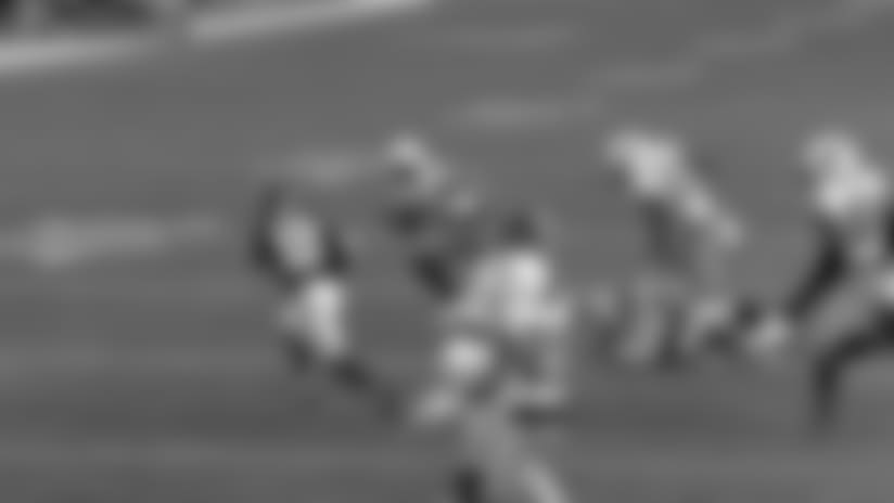 Alex Smith Blocks For a Tyreek Hill 14 Yard Catch-and-Run