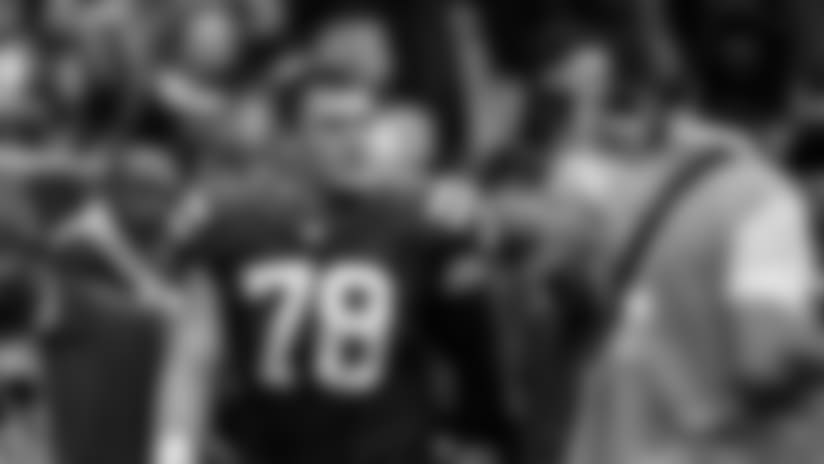 Colts Place Ryan Kelly, Jon Bostic On Injured Reserve