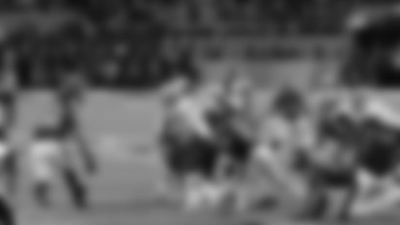 Highlight: DE Graham Comes Up With CLUTCH Strip-Sack On Brady