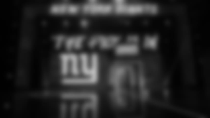 giants-draft-stage-center-2017.jpg
