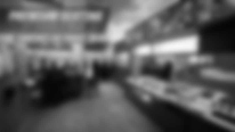 Premium Seating - Carousel - Image 1