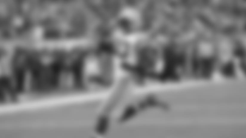 Packers RB Jamaal Williams runs in 1-yard TD