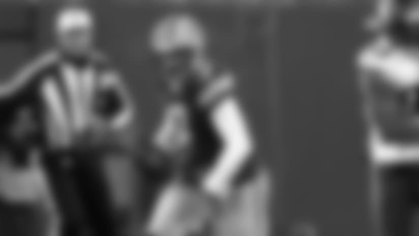 Packers QB Brett Hundley scrambles for 22-yard run