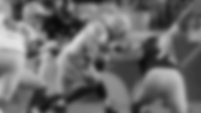 Packers LB Blake Martinez slides to intercept tipped pass