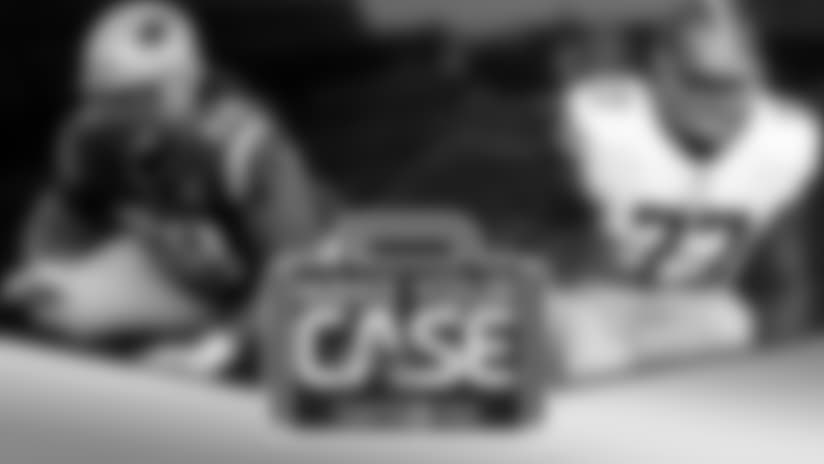 Samsonite Make Your Case: Who's at left tackle?