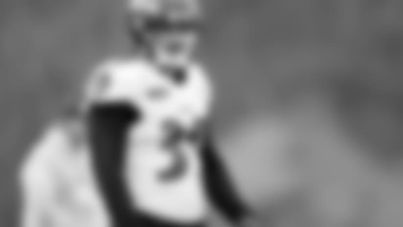Watch Danny Woodhead's Return to Practice