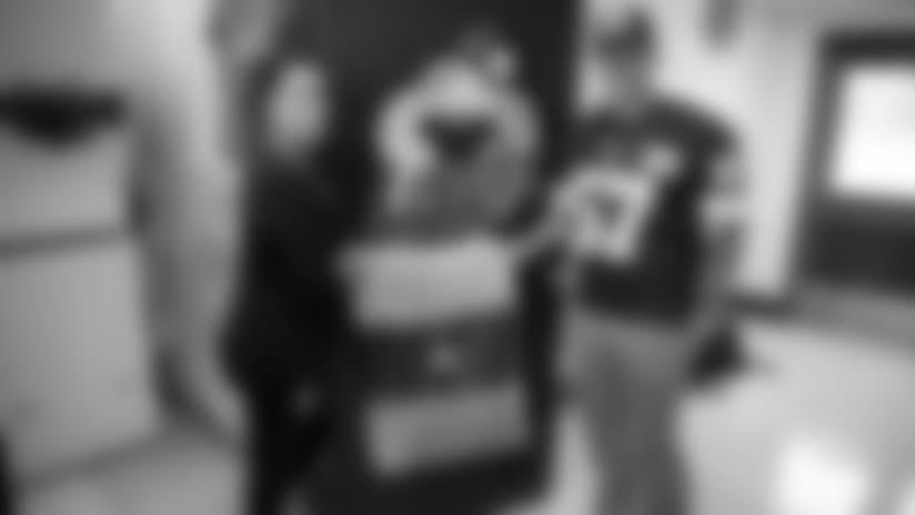 2018-loadsoflove-1-2560x1440