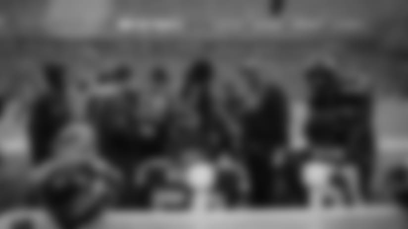 Photo Gallery - Seahawks Sideline vs Giants