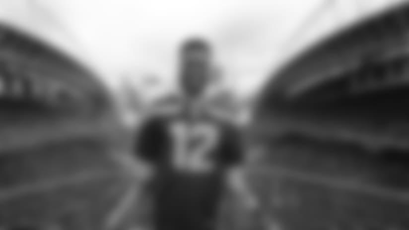 Seahawks 12 Flag Raiser: Robinson Cano