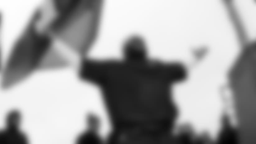 Photo Gallery - Walter Jones 12 Flag raiser