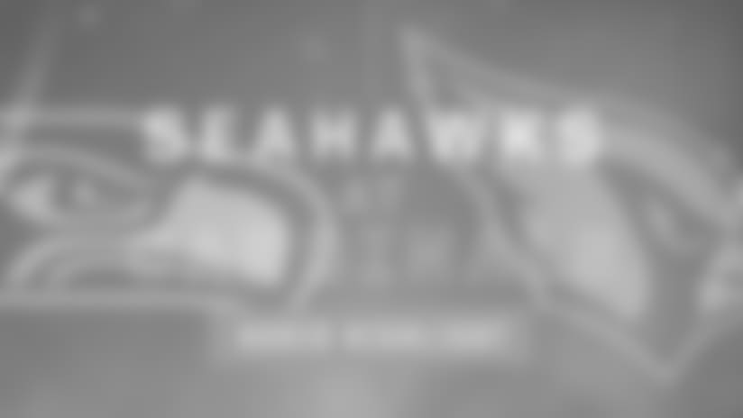 Seahawks at Cardinals: Thomas Rawls 23 Yard Run