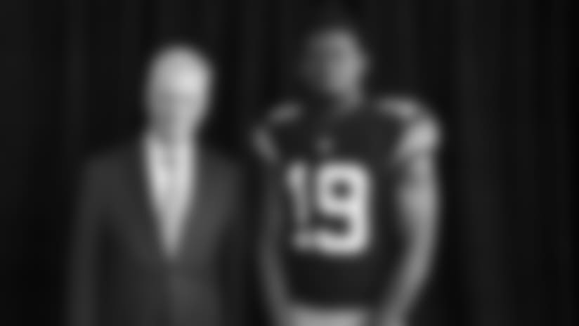 Steelers unveil Throwback Jersey