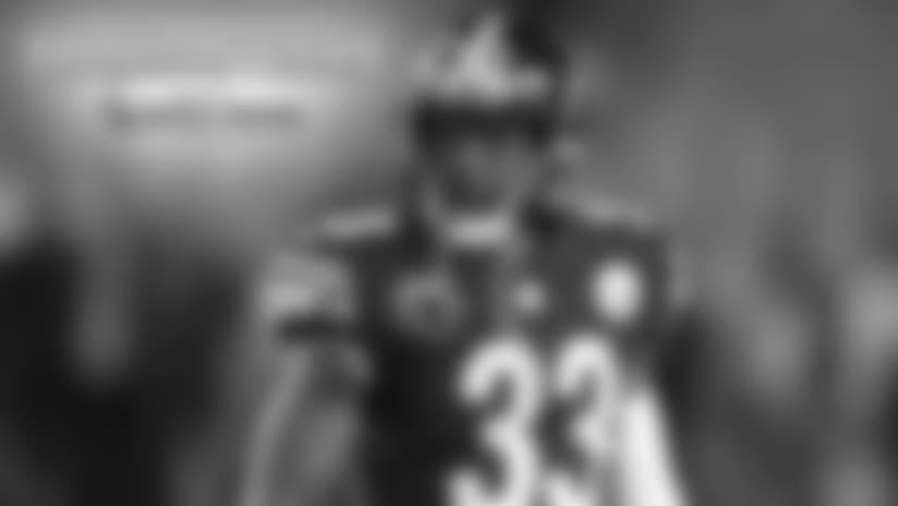 Los Steelers recontrataron a Toussaint