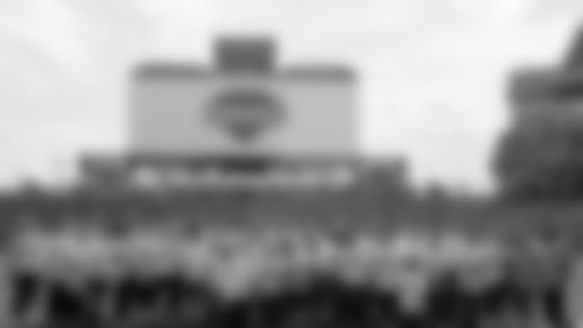 Titans Host Pinnacle's New Associate Orientation at Nissan Stadium