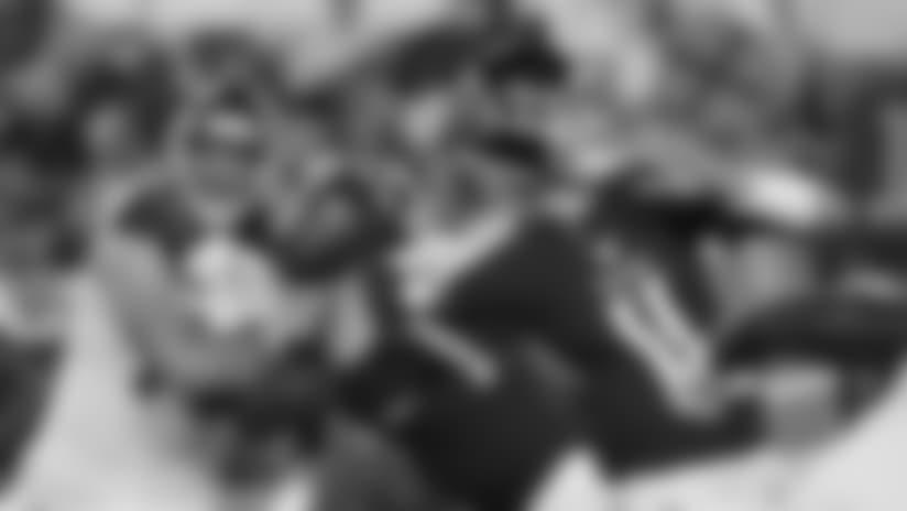 Luke Falk Ducks Defenders, Finds Akrum Wadley for 24 Yards