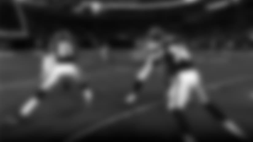freeD: Keenum Fires A Bullet Between Two Defenders
