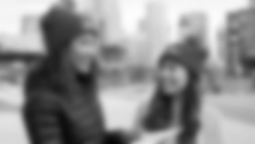 Love-Your-Melon_Crew52-9-13-17.jpg
