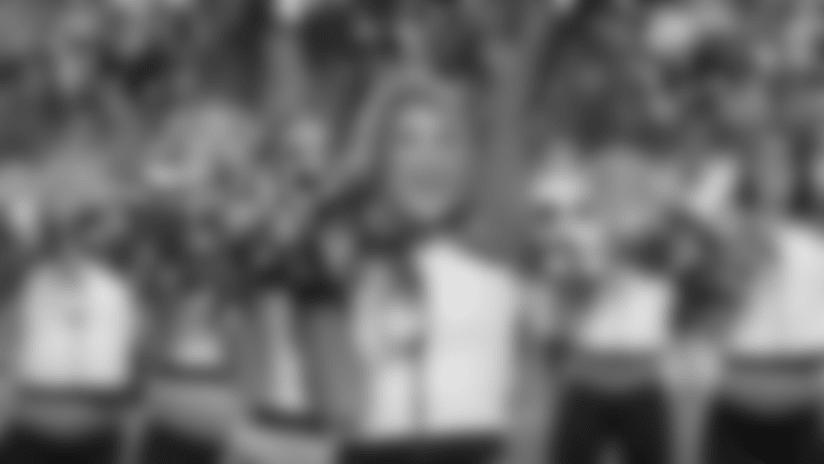 Eagles Cheerleaders: Third Quarter Performance