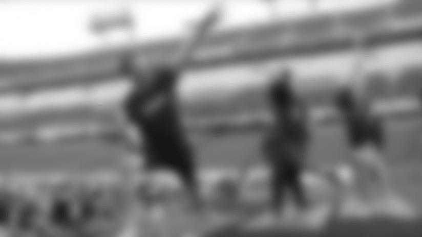 Titans Host Yoga on the Field at Nissan Stadium