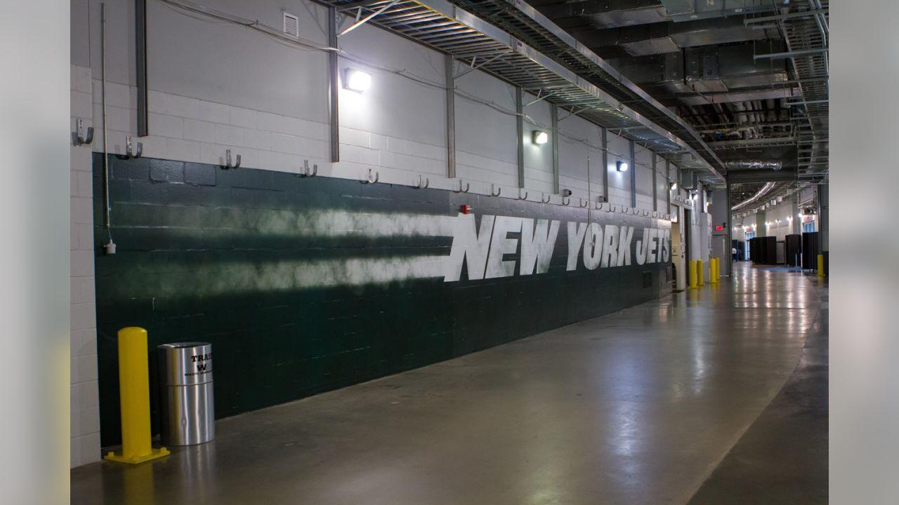 Jets Locker Room Gets a Facelift