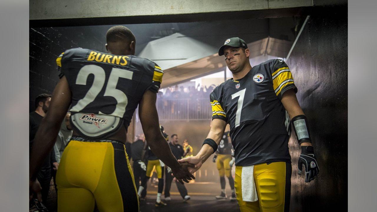 official photos 254fd e5c62 PHOTOS: Karl's Top Pics - Chiefs vs Steelers