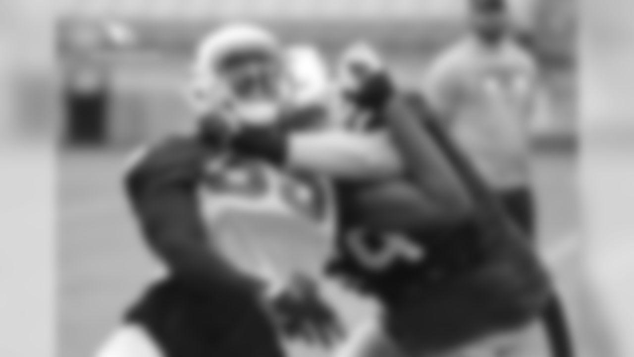 LB Chandler Jones during a pass-rushing drill