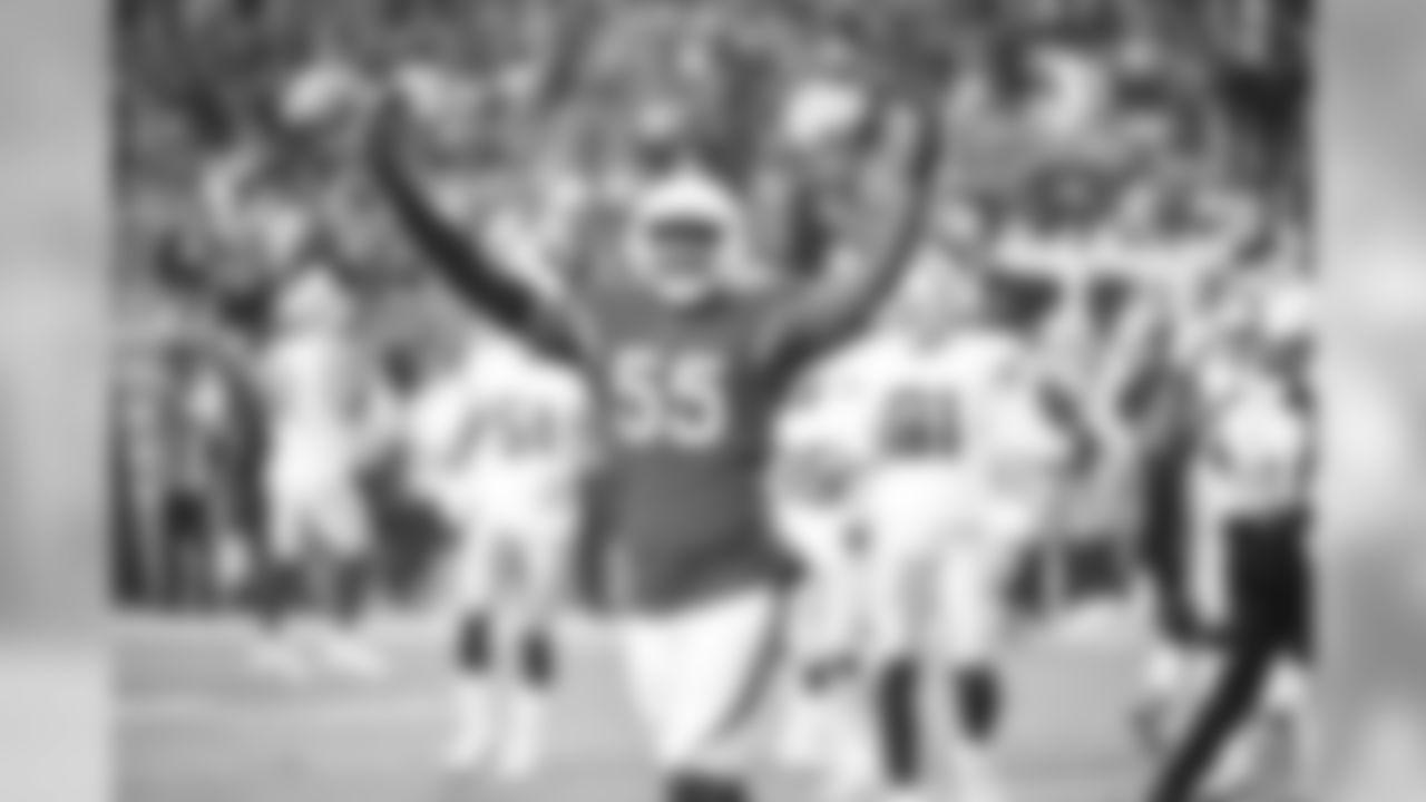 LB Chandler Jones: Eight sacks