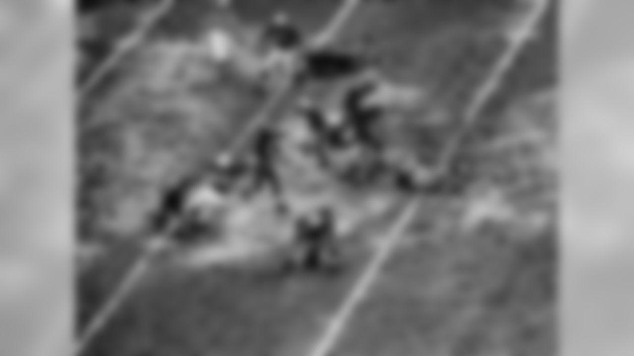 1951: Washington's Sammy Baugh unleashes a throw