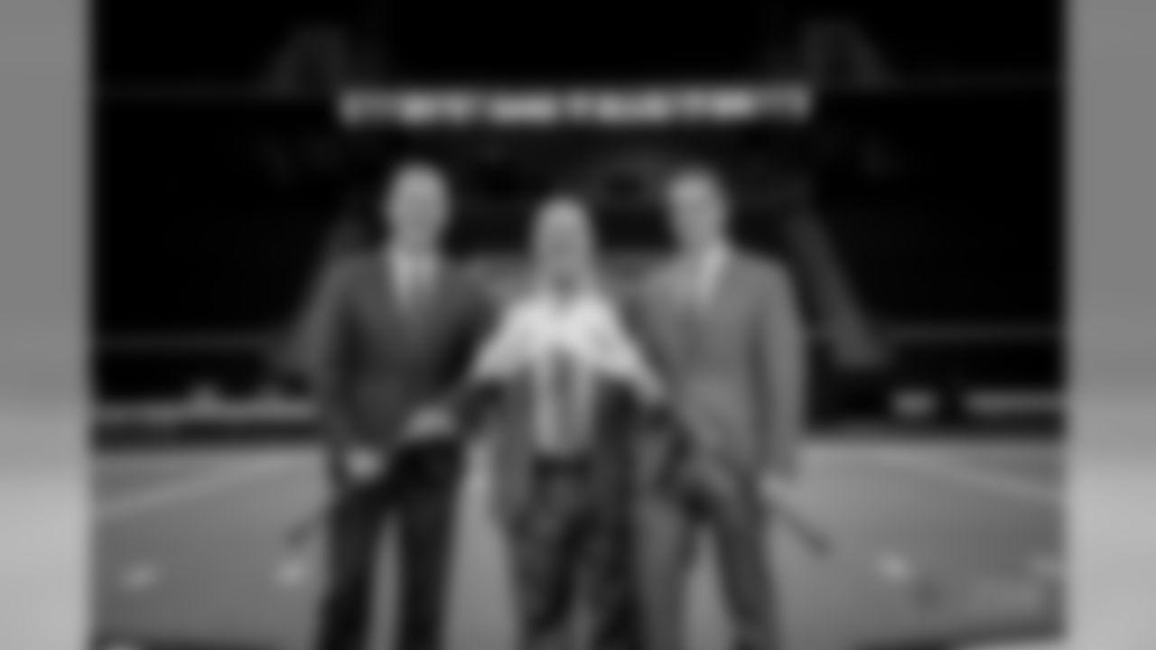 20171115_lacrosse_presser_edited_jj55905.jpg