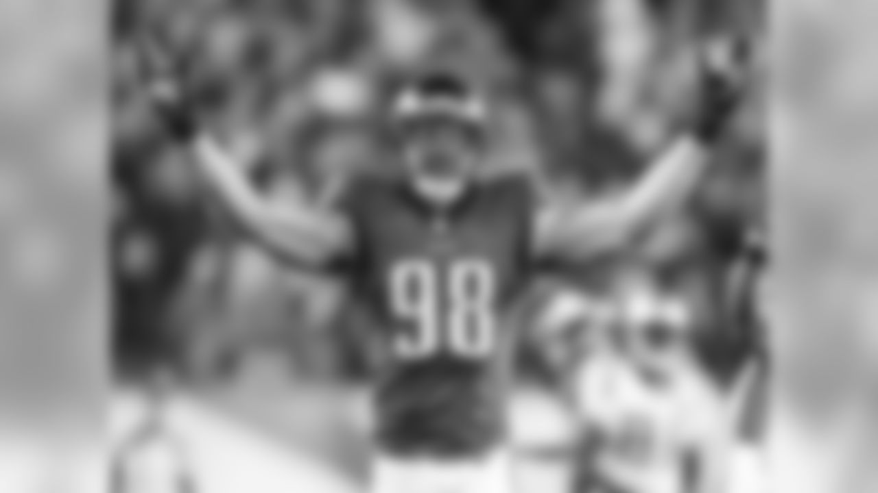 Barwin was one of the Eagles' most valuable players on the defensive side of the ball this year.