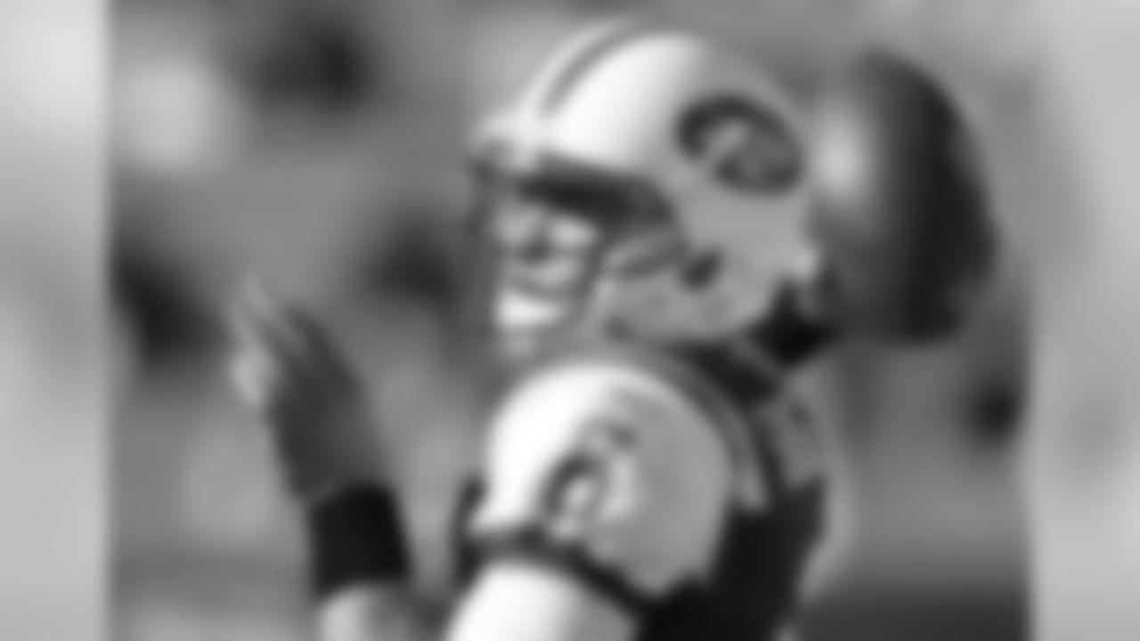 2011 Regular Season Week 9 Jets at Bills Game Photos