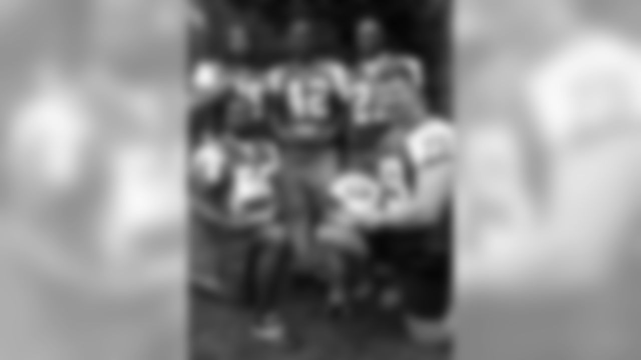 Rear, from left: Steve White, Sam Garnes, Aaron Beasley; front from left, Sam Cowart and Dave Szott