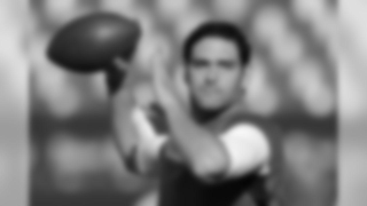 2011 Regular Season Week 13 Jets at Redskins Game Photos