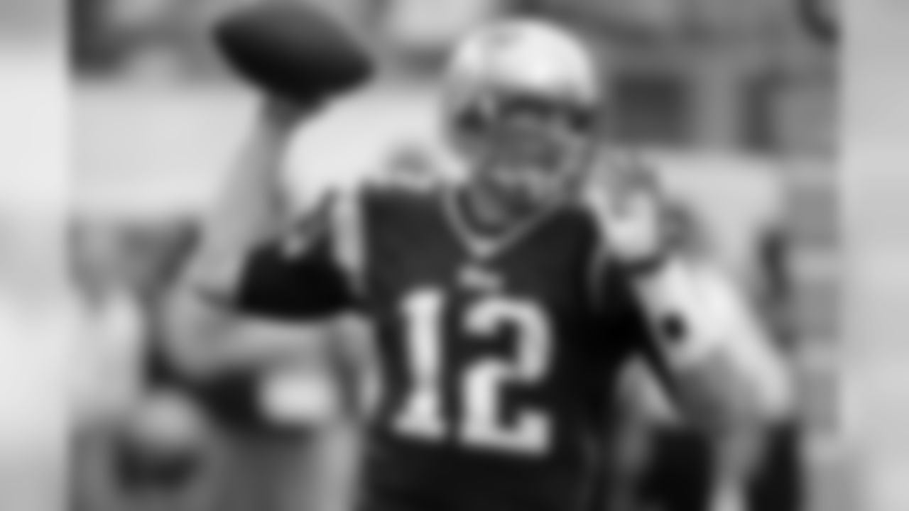 Tom Brady (4,343) reached 4,000 passing yards in 2013 for the sixth time in his career. He joins Dan Marino (6), Brett Favre (6), Drew Brees (8) and Peyton Manning (13) as the only players to have at least five seasons with 4,000 passing yards.