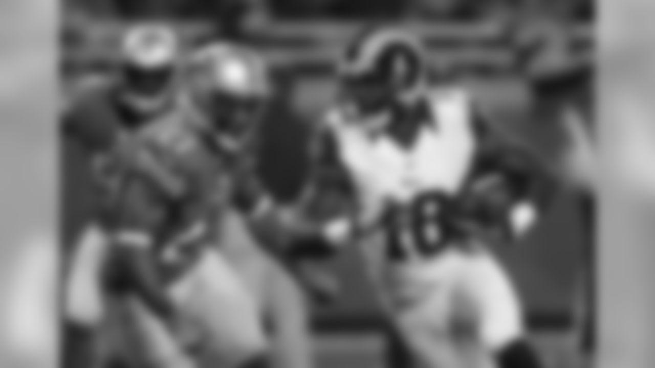 Wide receiver Kenny Britt